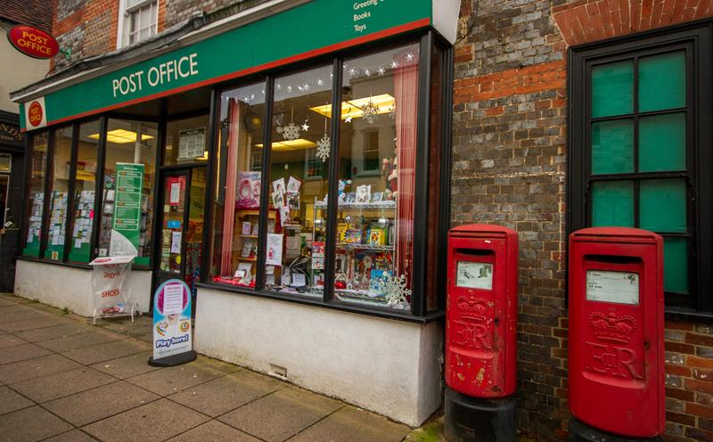 Bishop's Waltham Post Office and shop