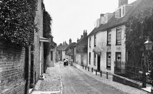 A historic photo of St Peter's Street in Bishop's Waltham